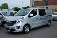 VAUXHALL VIVARO 2900 L2H1 CDTI LWB SPORTIVE 6 SEATER DOUBLE CAB CREW VAN IN SILVER WITH AIR CONDITIONING,SAT NAV,ELECTRIC PACK,SENSORS AND MORE - 1098 - 3