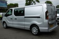 VAUXHALL VIVARO 2900 L2H1 CDTI LWB SPORTIVE 6 SEATER DOUBLE CAB CREW VAN IN SILVER WITH AIR CONDITIONING,SAT NAV,ELECTRIC PACK,SENSORS AND MORE - 1098 - 8