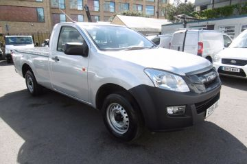 Used ISUZU D-MAX in Surbiton, Surrey for sale