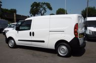 VAUXHALL COMBO 1.6 CDTi 2300 L2H1 LWB S/S 105BHP WITH AIR CONDITIONING,6 SPEED AND MORE - 814 - 19