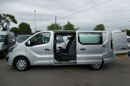 VAUXHALL VIVARO 2900 L2H1 CDTI LWB SPORTIVE 6 SEATER DOUBLE CAB CREW VAN IN SILVER WITH AIR CONDITIONING,SAT NAV,ELECTRIC PACK,SENSORS AND MORE - 1098 - 9