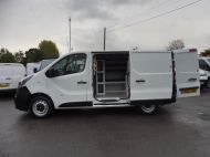 VAUXHALL VIVARO 2900 L1 SWB WITH ONLY 53.000 MILES,AIR CONDITIONING,SENSORS,ELECTRIC PACK,RACKING AND MORE  - 1586 - 22