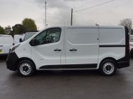 VAUXHALL VIVARO 2900 L1 SWB WITH ONLY 53.000 MILES,AIR CONDITIONING,SENSORS,ELECTRIC PACK,RACKING AND MORE  - 1586 - 23