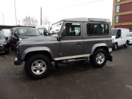 LAND ROVER DEFENDER 90 XS STATION WAGON 2.4 TDCI 120 6 - SPEED IN METALLIC GREY WITH HALF LEATHER AND AIR CONDITIONING , JUST ARRIVED **** £20995 **** - 1297 - 1