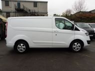 FORD TRANSIT CUSTOM 290/130 LIMITED L1 SWB EURO 6 WITH ONLY 17.000 MILES,2.0 130PS EURO 6,AIR CONDITIONING,PARKING SENSORS AND MORE - 1252 - 8