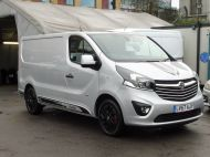VAUXHALL VIVARO 2700 LIMITED EDITION BI TURBO SPORTIVE L1 SWB IN SILVER WITH ONLY 47.000 MILES,SAT NAV,ALLOY WHEELS AND MORE *** SOLD *** - 1656 - 3