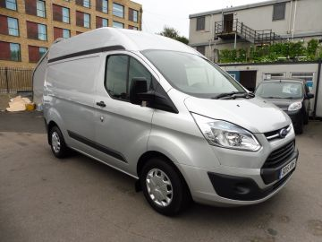 Used FORD TRANSIT CUSTOM in Surbiton, Surrey for sale