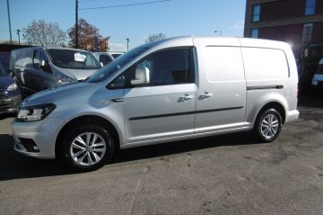 Used VOLKSWAGEN CADDY MAXI in Surbiton, Surrey for sale