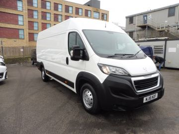 Used PEUGEOT BOXER BLUE HDI 435 L4 H2 PROFESSIONAL  in Surbiton, Surrey for sale