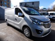 VAUXHALL VIVARO 2900 L2H1 LWB CDTI SPORTIVE IN SILVER WITH AIR CONDITIONING,PARKING SENSORS,ELECTRIC PACK AND MORE *** SOLD *** - 1335 - 3