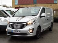 VAUXHALL VIVARO 2700 LIMITED EDITION BI TURBO SPORTIVE L1 SWB IN SILVER WITH ONLY 47.000 MILES,SAT NAV,ALLOY WHEELS AND MORE *** SOLD *** - 1656 - 29