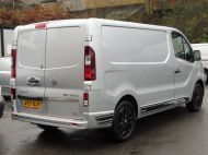 VAUXHALL VIVARO 2700 LIMITED EDITION BI TURBO SPORTIVE L1 SWB IN SILVER WITH ONLY 47.000 MILES,SAT NAV,ALLOY WHEELS AND MORE *** SOLD *** - 1656 - 5
