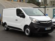 VAUXHALL VIVARO 2900 L1 SWB WITH ONLY 53.000 MILES,AIR CONDITIONING,SENSORS,ELECTRIC PACK,RACKING AND MORE  - 1586 - 3