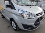 FORD TRANSIT CUSTOM 270/125 LIMITED L1H1 SWB DIESEL VAN IN SILVER WITH ONLY 18.000 MILES,AIR CONDITIONING,HEATED SEATS,ELECTRIC PACK,CRUISE CONTROL,ALLOY WHEELS AND MORE - 1041 - 22