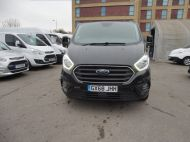 FORD TRANSIT CUSTOM 300 LIMITED 2.0 DCIV 170 L2 H1 5 SEAT CREWVAN  IN METALLIC BLACK WITH ONLY 15000 MILES , 1 OWNER , JUST ARRIVED **** £22995 + VAT **** - 1664 - 2