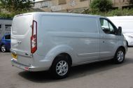FORD TRANSIT CUSTOM 270/125 LIMITED L1H1 SWB DIESEL VAN IN SILVER WITH ONLY 57.000 MILES,AIR CONDITIONING,HEATED SEATS,ELECTRIC PACK,CRUISE CONTROL,ALLOY WHEELS AND MORE  - 1111 - 7