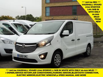 Used VAUXHALL VIVARO in Surbiton, Surrey for sale