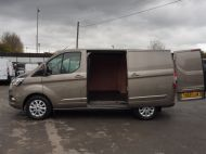 FORD TRANSIT CUSTOM 280/130 LIMITED L1 SWB EURO 6 WITH ONLY 22.000 MILES,AIR CONDITIONING,HEATED SEATS,SENSORS,ELECTRIC PACK AND MORE **** £18995 + VAT **** - 1543 - 23
