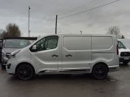 VAUXHALL VIVARO 2700 LIMITED EDITION BI TURBO SPORTIVE L1 SWB IN SILVER WITH ONLY 47.000 MILES,SAT NAV,ALLOY WHEELS AND MORE *** SOLD *** - 1656 - 8
