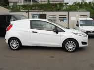 FORD FIESTA VAN 1.5 TDCI EURO 6 WITH ONLY 48.000 MILES,AIR CONDITIONING,BLUETOOTH,ELECTRIC PACK AND MORE - 1481 - 17